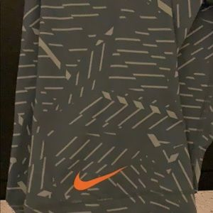 Nike pro work out pants 3/4 length